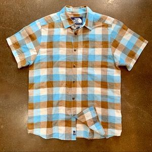 The North Face Brown Plaid SS Button Up Shirt M